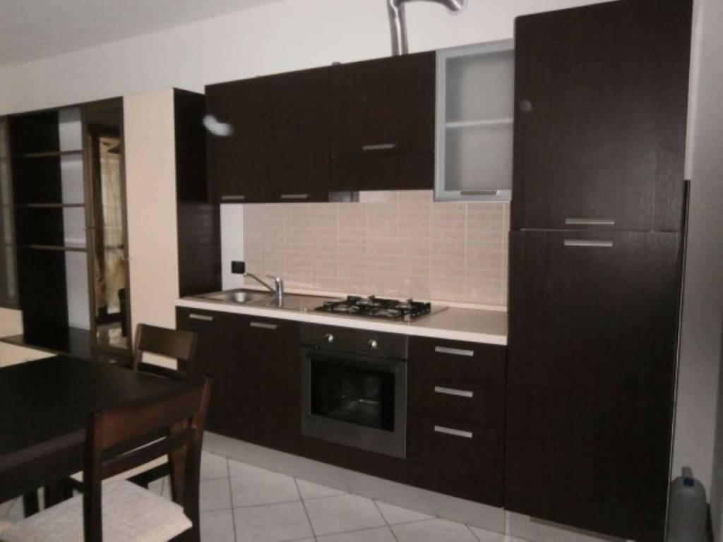 Appartamento in ottime condizioni arredato in affitto Rif. 8921488