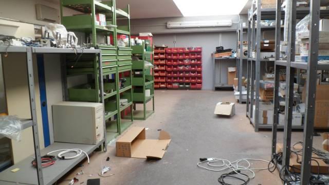 Capannone trilocale in vendita a Sarzana (SP)