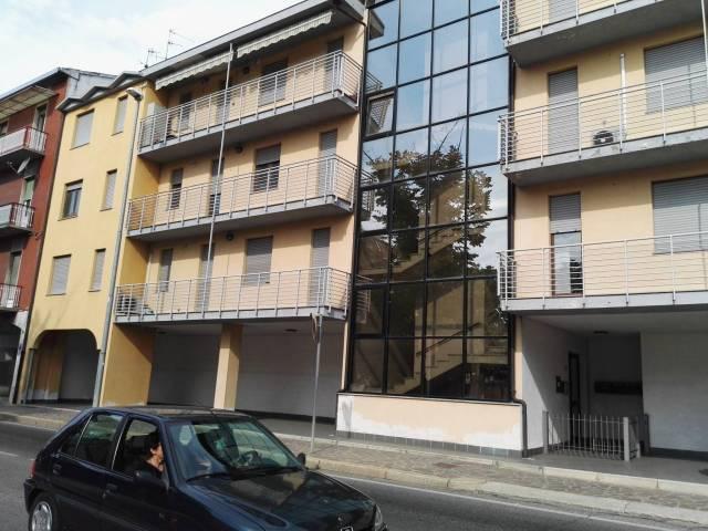 Appartamento in ottime condizioni arredato in vendita Rif. 4945389