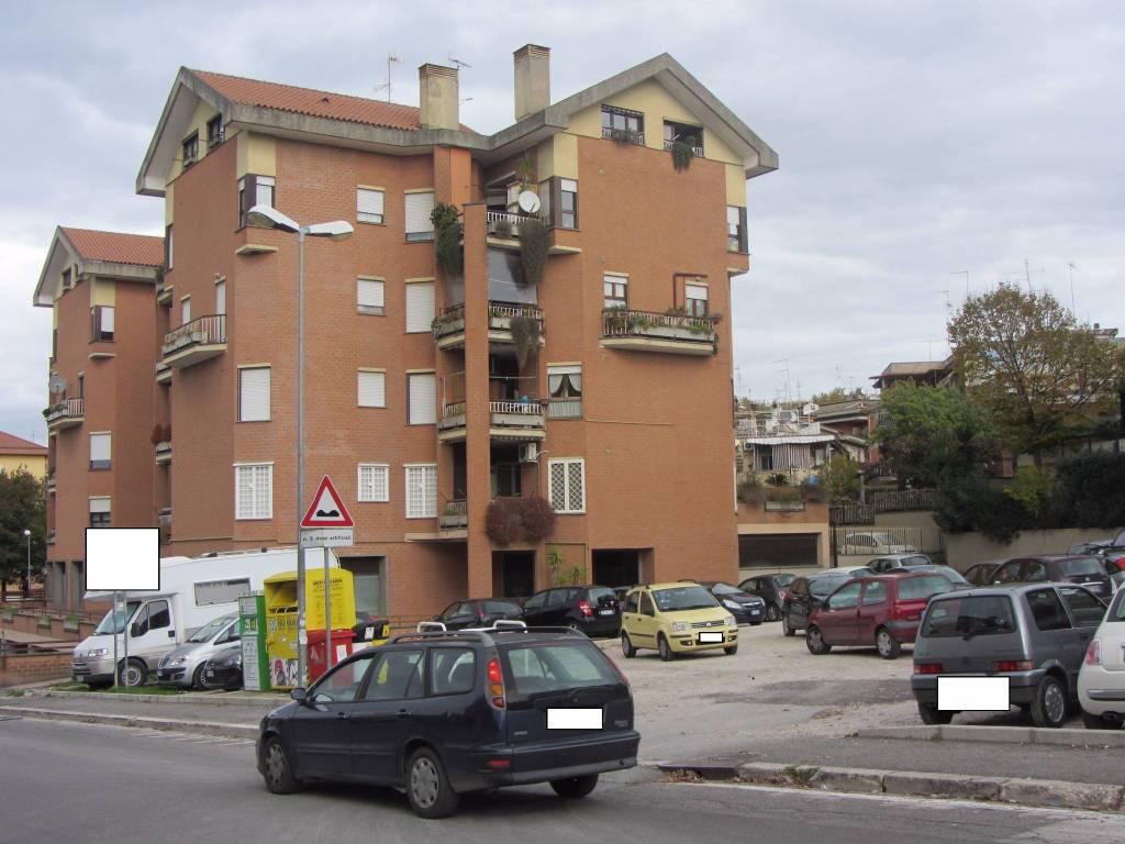Ufficio / Studio in affitto a Albano Laziale, 9999 locali, Trattative riservate | CambioCasa.it
