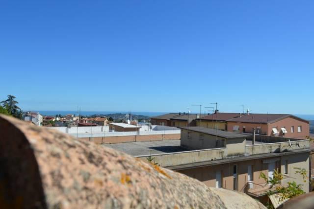 Appartamento in vendita a Recanati, 9999 locali, Trattative riservate | Cambio Casa.it