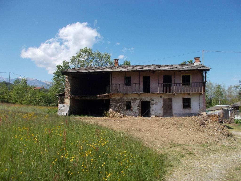 Rustico / Casale in vendita a Bagnolo Piemonte, 6 locali, prezzo € 30.000 | PortaleAgenzieImmobiliari.it