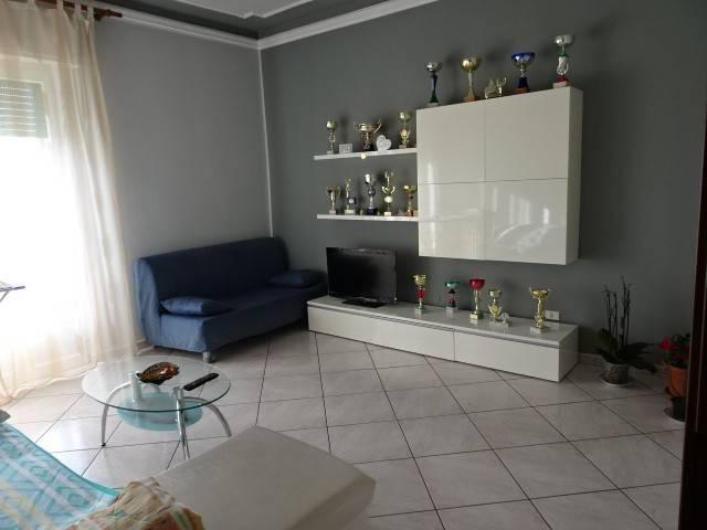 Appartamento in ottime condizioni arredato in affitto Rif. 8922143