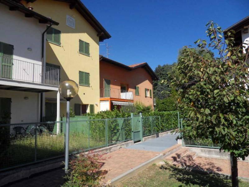 Appartamento in ottime condizioni in vendita Rif. 7887953