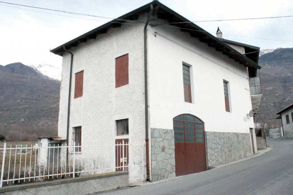 Casa Indipendente da ristrutturare in vendita Rif. 6475167