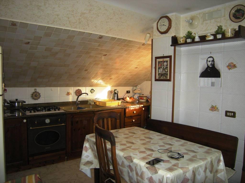 Attico / Mansarda in buone condizioni in vendita Rif. 4598573