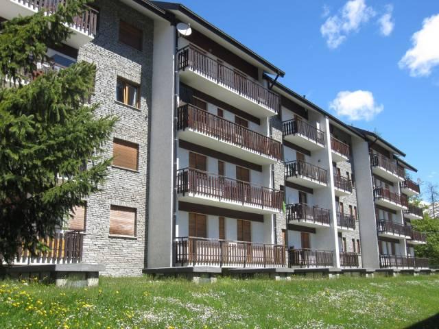Appartamento in ottime condizioni parzialmente arredato in vendita Rif. 7227462