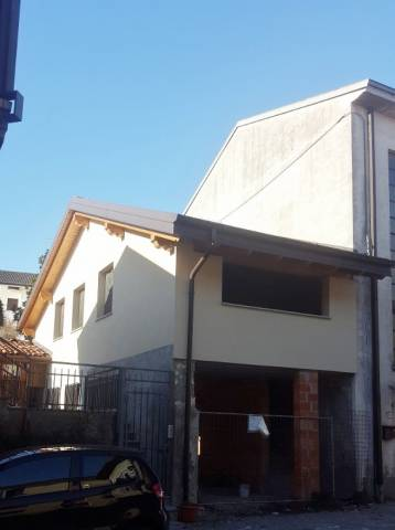 Soluzione Indipendente in vendita a Cucciago, 3 locali, prezzo € 75.000 | Cambio Casa.it