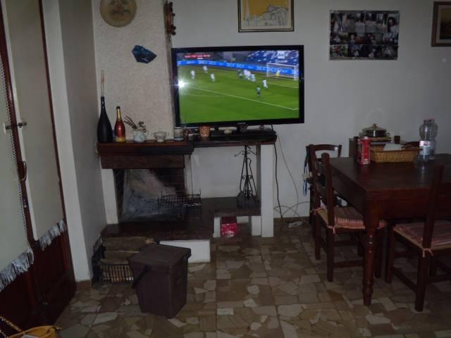 Soluzione Indipendente in vendita a Agliana, 6 locali, prezzo € 275.000 | Cambio Casa.it