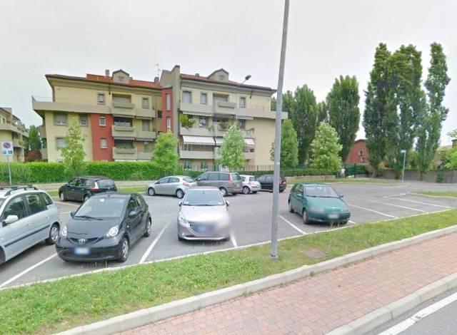 Appartamento in ottime condizioni in affitto Rif. 6737772