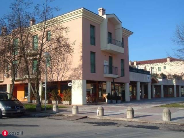 Negozio / Locale in affitto a Veggiano, 2 locali, prezzo € 600 | Cambio Casa.it