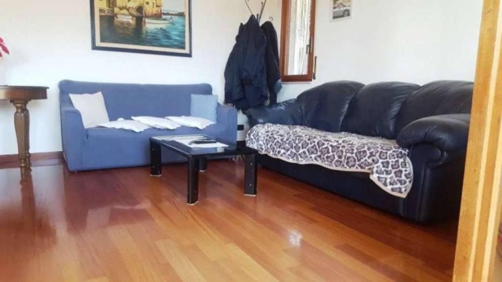 Appartamento in vendita a Rapallo, 3 locali, prezzo € 285.000   CambioCasa.it