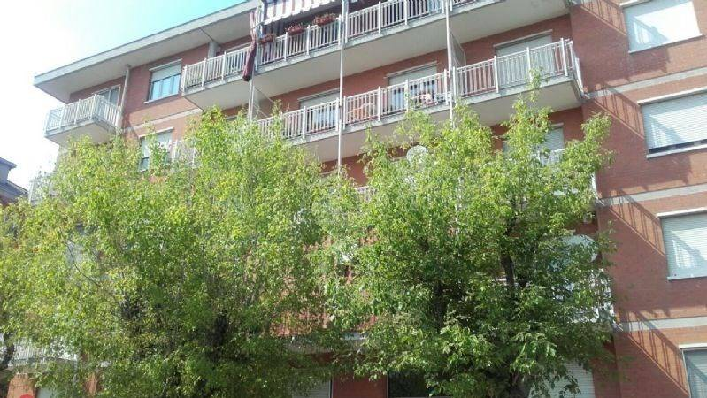 Appartamento in buone condizioni in vendita Rif. 4489016