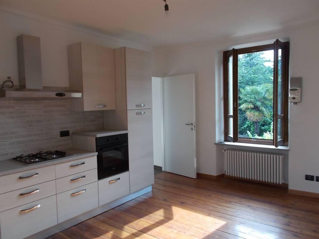Appartamento in vendita a Cavour, 3 locali, prezzo € 70.000 | CambioCasa.it