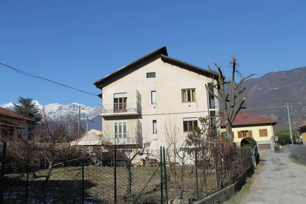 Foto 1 di Villa via Chiesali 6, Villar Focchiardo