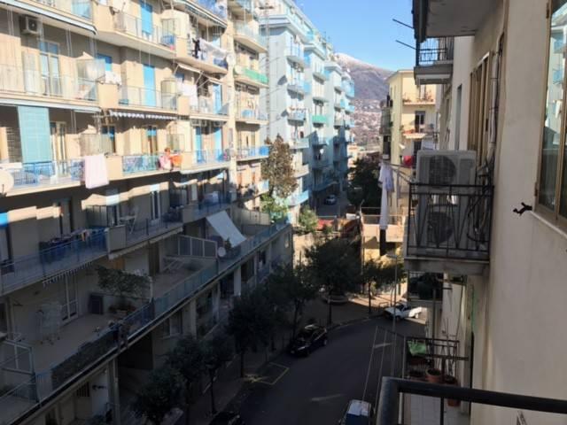 Appartamento in vendita a Salerno, 4 locali, prezzo € 215.000   CambioCasa.it