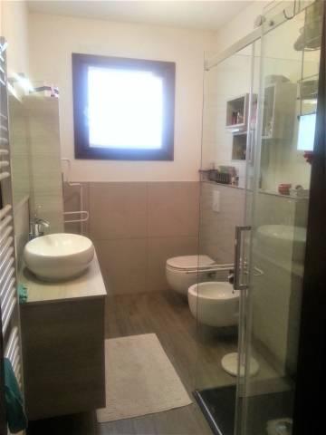 Appartamento in buone condizioni in vendita Rif. 4456370