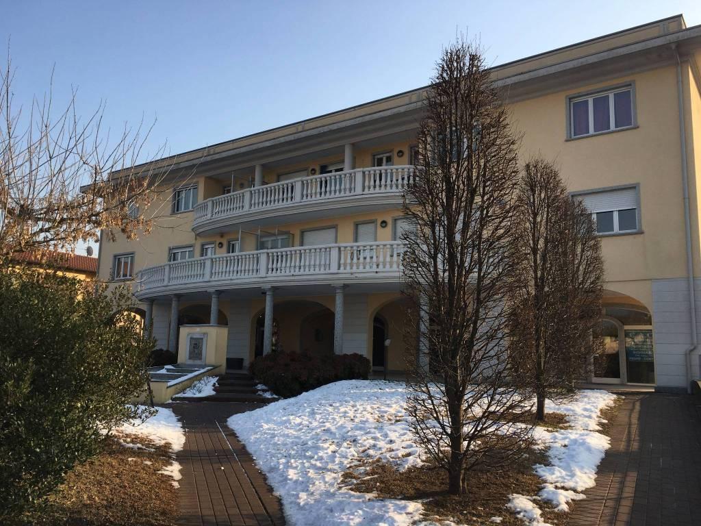 Appartamento in vendita a Castelletto Sopra Ticino, 3 locali, prezzo € 240.000 | CambioCasa.it