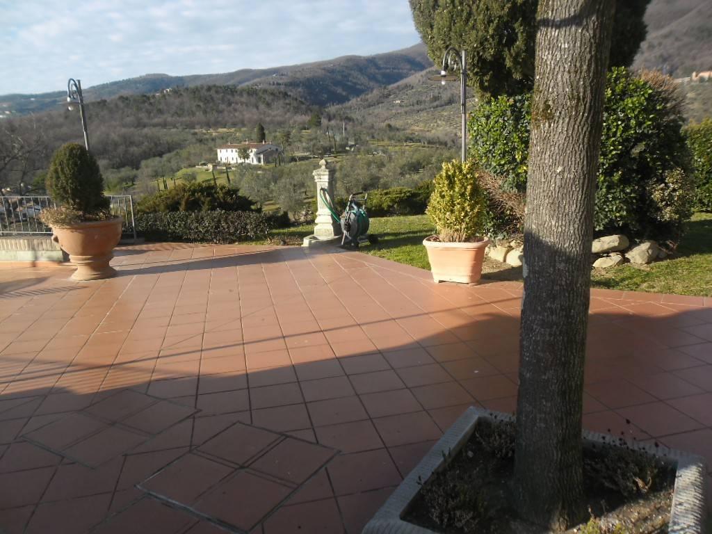 Villa in ottime condizioni in vendita Rif. 7888617