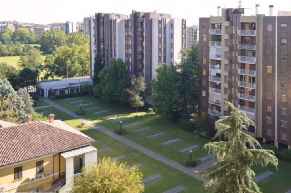 Appartamento in ottime condizioni arredato in affitto Rif. 7450509