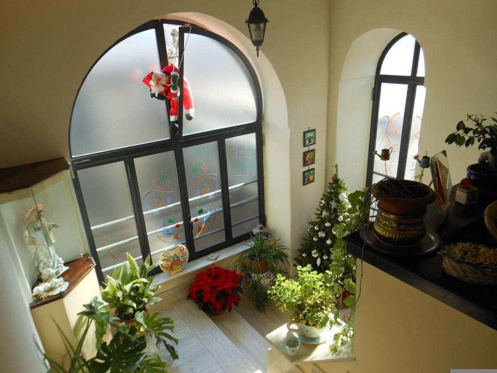 Appartamento in ottime condizioni in vendita Rif. 7796097