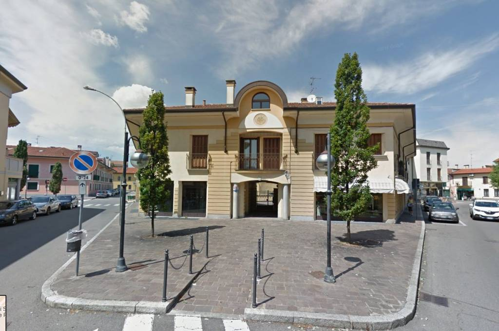 Negozio / Locale in vendita a Parabiago, 2 locali, prezzo € 260.000 | PortaleAgenzieImmobiliari.it