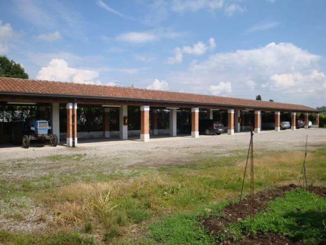Terreno in vendita a Gorgonzola-https://res.getrix.it/media/ad/59954694/1/xs.jpg