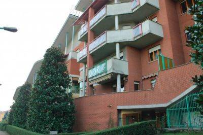 Appartamento in buone condizioni arredato in affitto Rif. 7188248