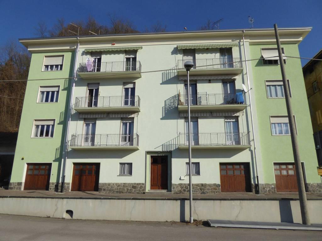 Appartamento in buone condizioni parzialmente arredato in vendita Rif. 8731208