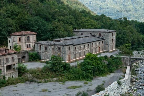 Palazzo-stabile Vendita Tirano
