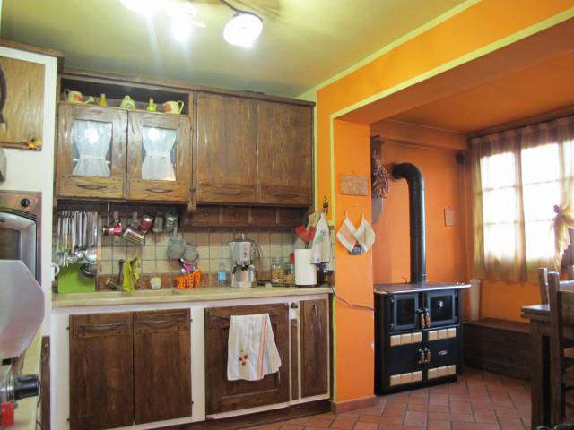Appartamento MARLIANA vendita  Momigno per Montagnana San Jacopo Immobiliare