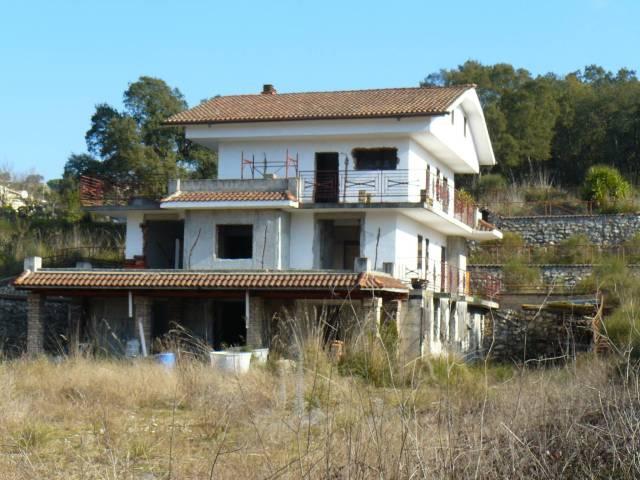 Stabile / Palazzo in vendita Rif. 4359224