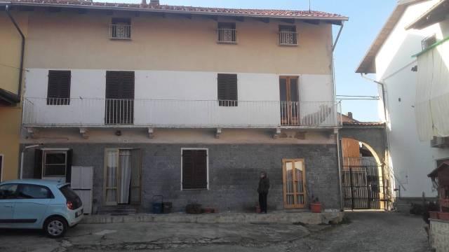 Casa Indipendente in buone condizioni in vendita Rif. 4241831