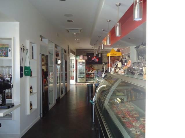 Bar in zona centralissima con ottimo avviamento Rif. 4965178