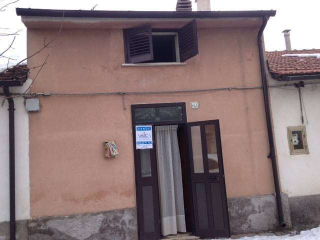 Soluzione Indipendente in vendita a Collarmele, 4 locali, prezzo € 13.000   Cambio Casa.it
