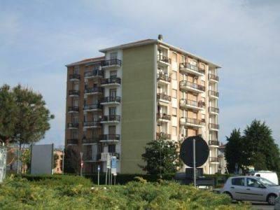 Appartamento da ristrutturare in affitto Rif. 9213891