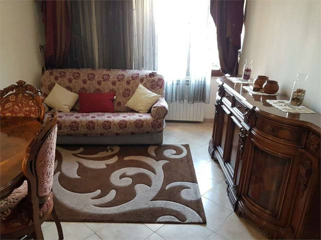 Appartamento in ottime condizioni in vendita Rif. 4602232