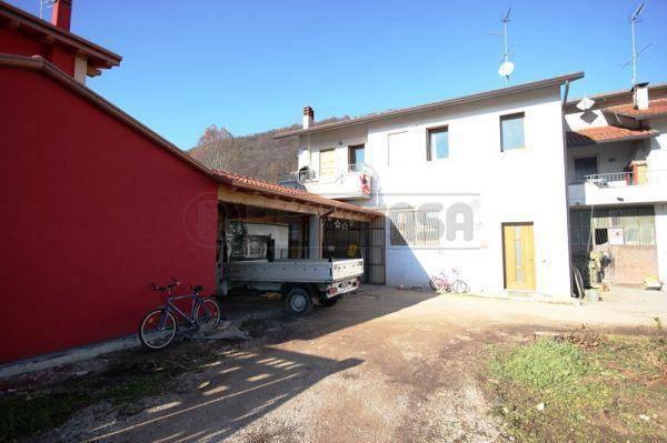 Rustico / Casale in vendita a Arcugnano, 4 locali, prezzo € 220.000 | Cambio Casa.it