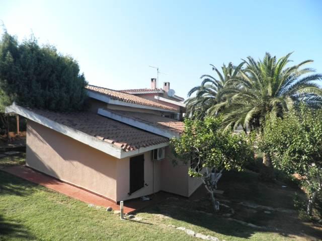 Villa in ottime condizioni arredato in vendita Rif. 4221992