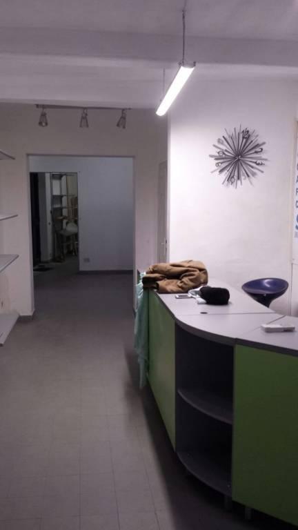 Attività / Licenza in affitto a Cascina, 3 locali, prezzo € 550 | CambioCasa.it