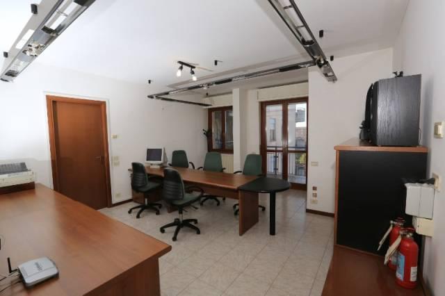 Ufficio / Studio in affitto a Bergamo, 1 locali, prezzo € 350 | Cambio Casa.it