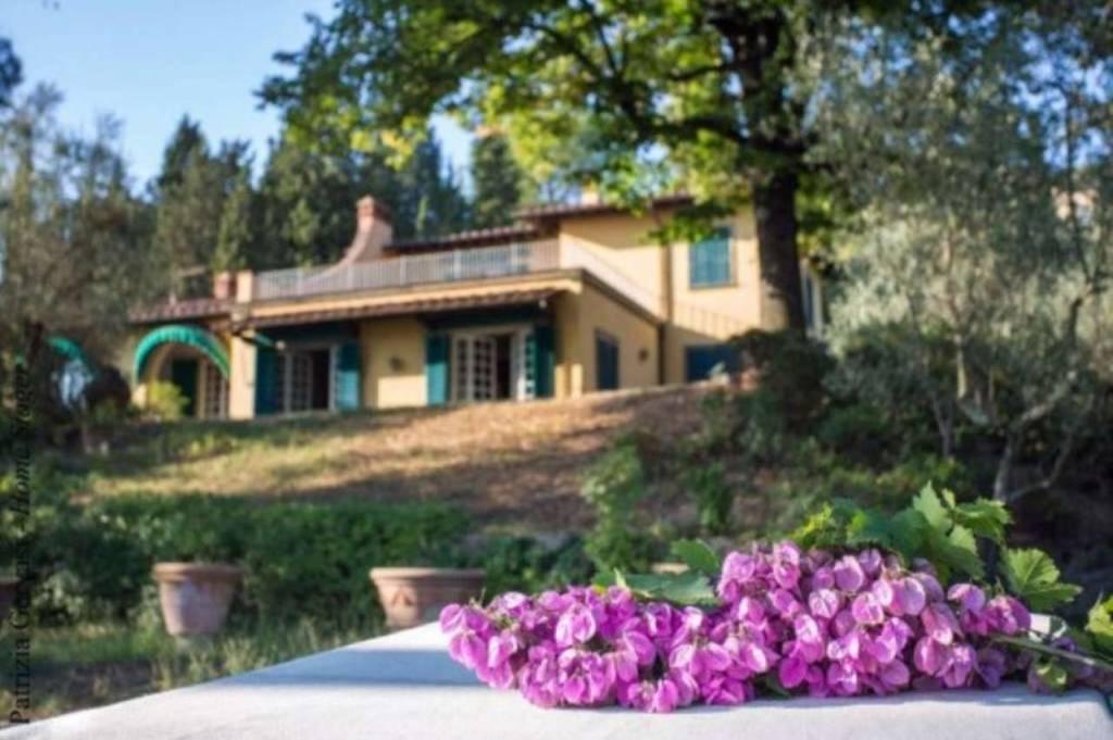 Villa in Vendita a Fiesole Periferia: 5 locali, 600 mq