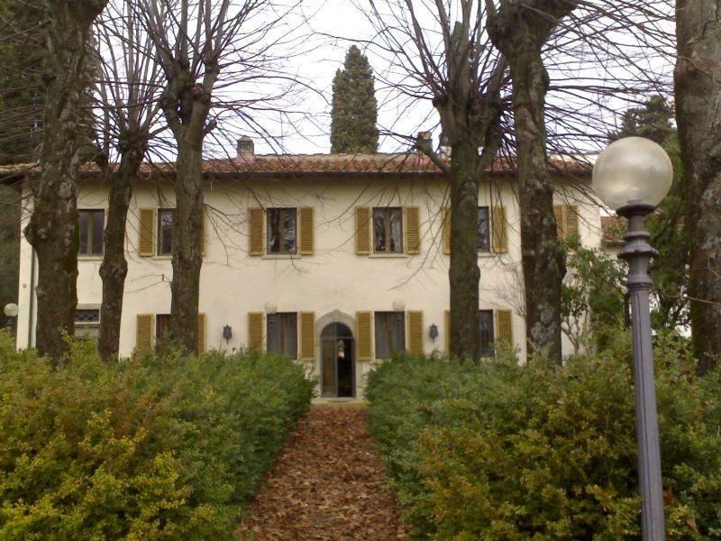 Villa in vendita a Rignano sull'Arno, 25 locali, prezzo € 980.000 | CambioCasa.it