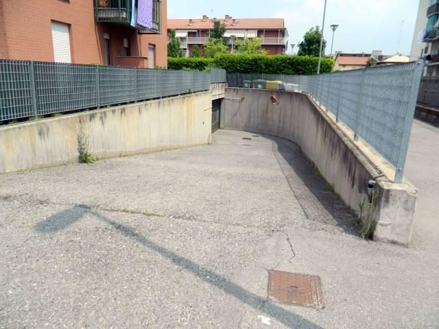 garage-Box-posto auto Vendita Piossasco