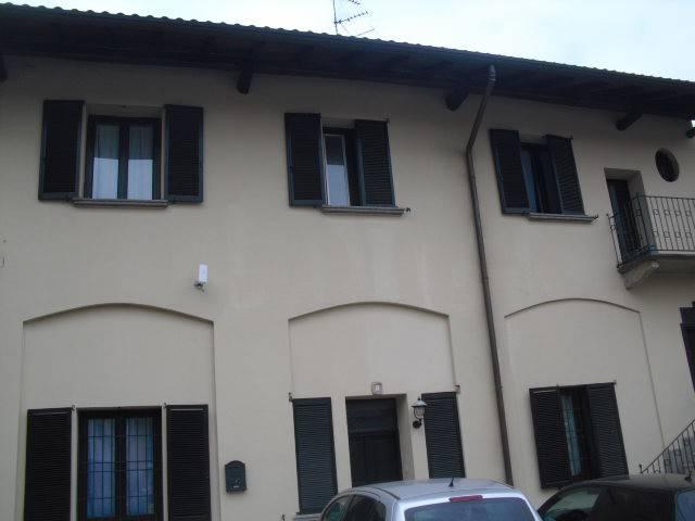 Appartamento in buone condizioni arredato in affitto Rif. 6644739