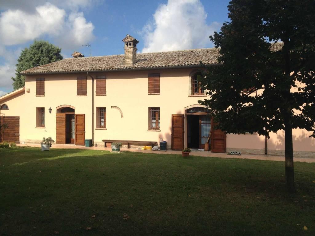 Foto 1 di Rustico / Casale Ravenna