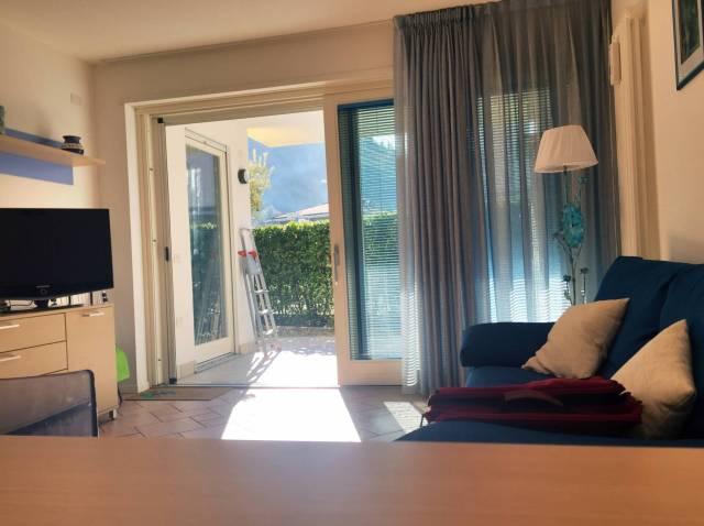 Appartamento in ottime condizioni in vendita Rif. 4361488