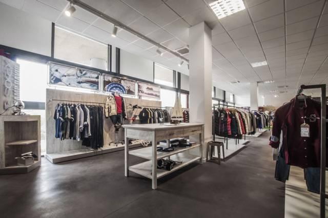 Negozio, bar, showroom a Castelfidardo Rif. 5013035