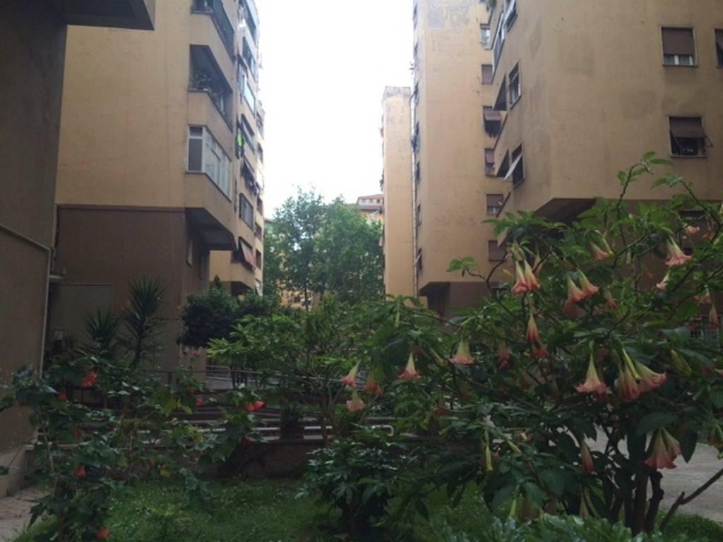 Appartamento in vendita a Roma, 2 locali, zona Zona: 12 . Cinecittà,Don Bosco, Lucrezia Romana, prezzo € 210.000 | CambioCasa.it