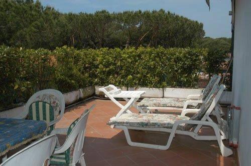 Appartamento in vendita a Forte dei Marmi, 4 locali, prezzo € 650.000 | PortaleAgenzieImmobiliari.it